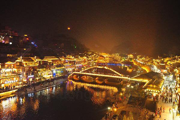 Nam Ninh - Trương Gia Giới - Phù Dung Trấn - Phượng Hoàng Cổ Trấn